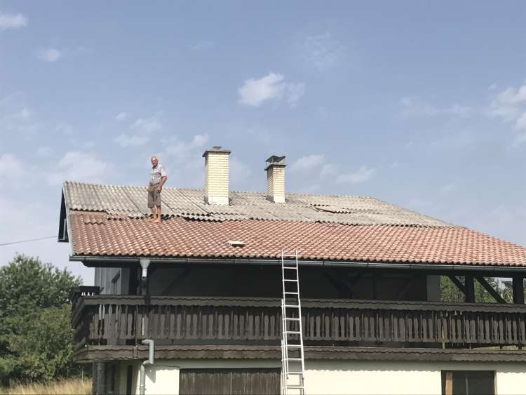 Branko Mugerle, streha, Zgornja Korena