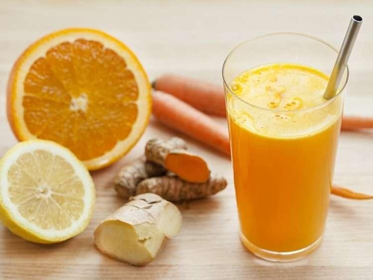 Napitek lahko občasno popestrite z dodatkom korenčkovega soka.