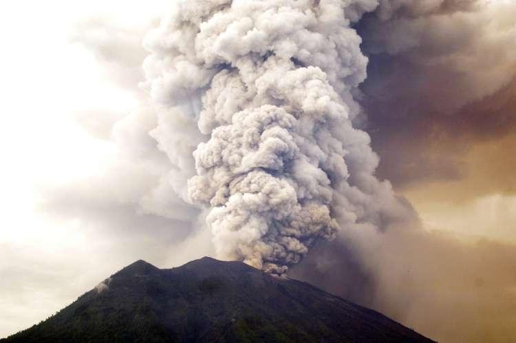 vulkan Agung_prah