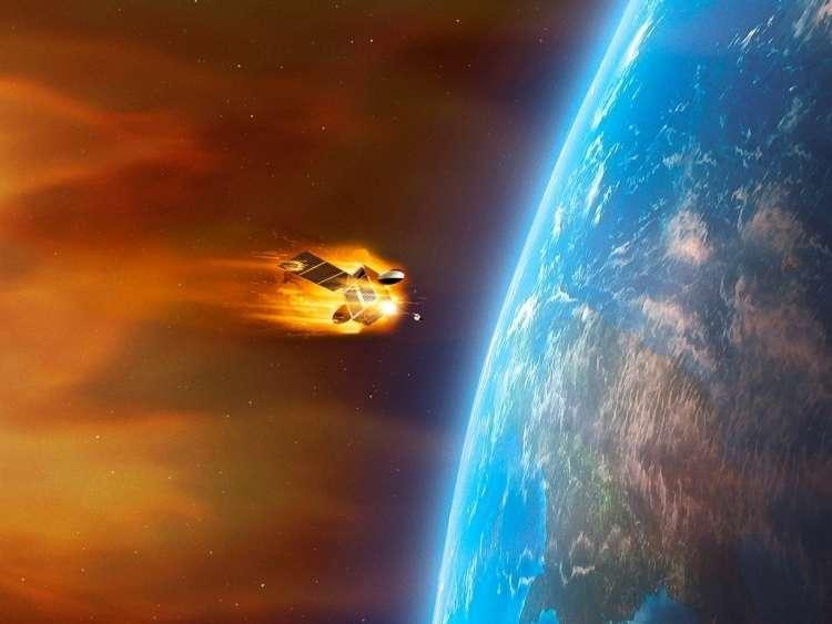 Geomagnetna nevihta, Sonce, Zemlja, satelit