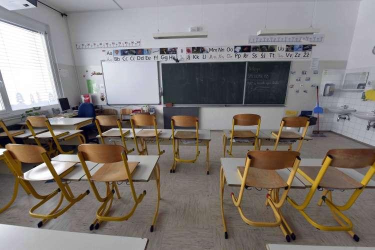 stavka, šolstvo, razred, medvode2