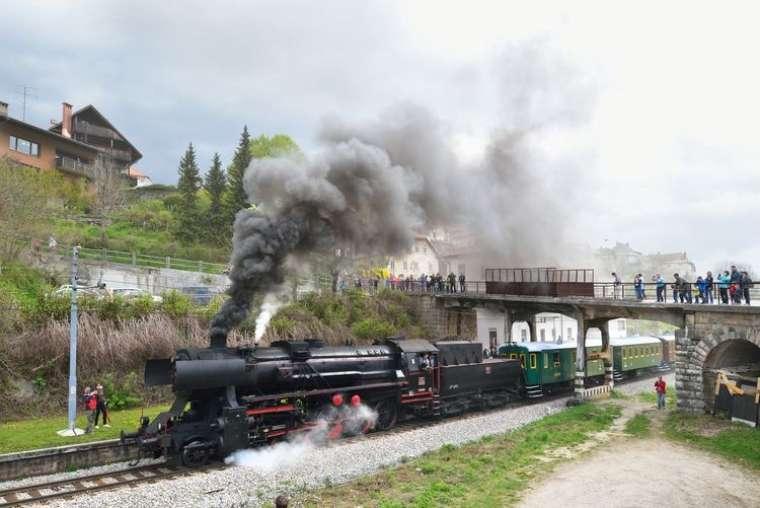 muzejski-vlak-celje-podcetrtek_sz02