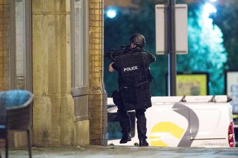 manchester-terorizem-ariana-grande-profimedia6