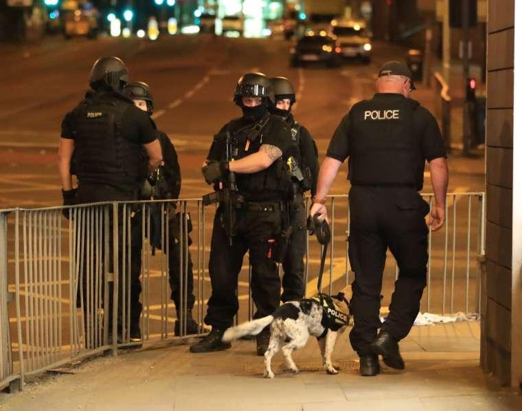 manchester-terorizem-ariana-grande-profimedia1