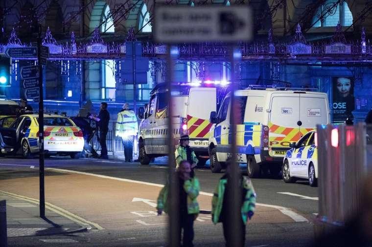 manchester-terorizem-ariana-grande-profimedia7