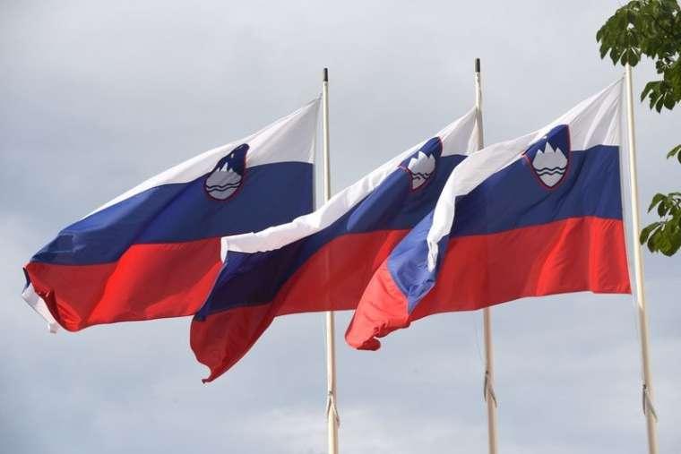 zastave-slovenija_bobo