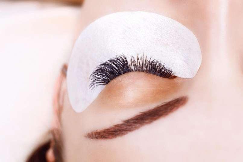 enlargement of eyelashes2