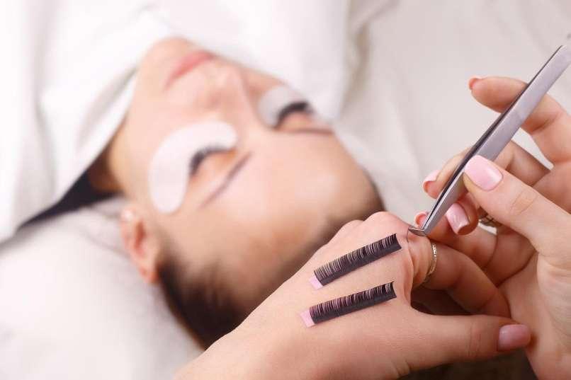 enlargement of eyelashes5