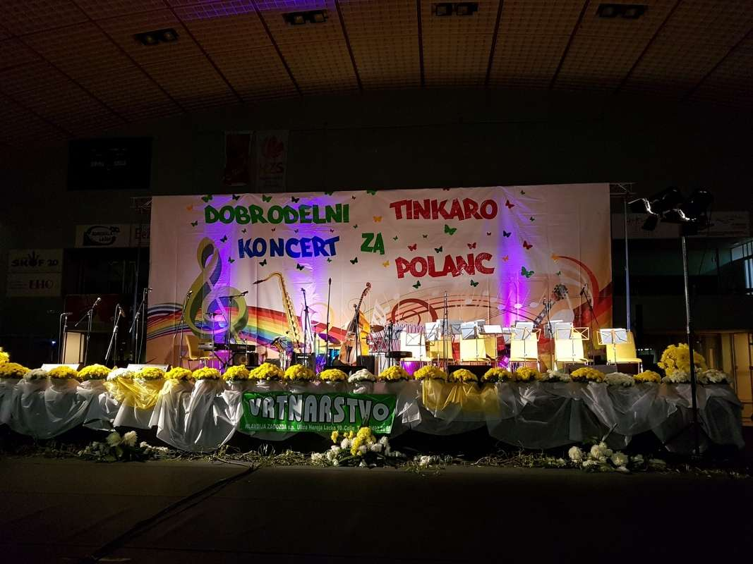 Koncert Tinkara 01.jpg
