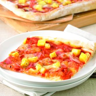 Pica z ananasom