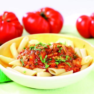Paradižnikova omaka z gobicami