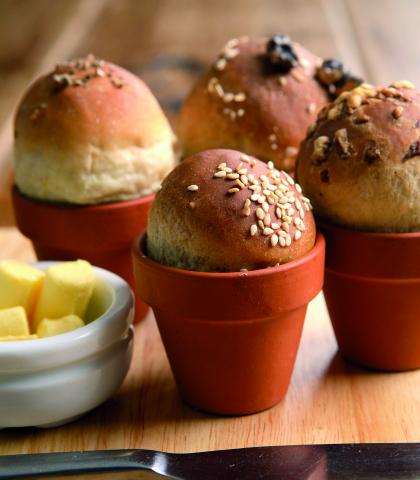 Kruh v cvetličnem lončku