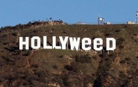 Slavno znamenje Hollywood postalo Hollyweed