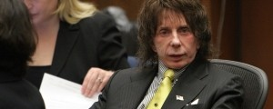 Umrl je glasbeni producent Phil Spector