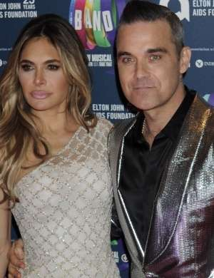 Robbie Williams in Ayda Field