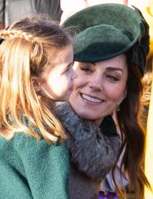 Princesa Charlotte in Kate Middleton
