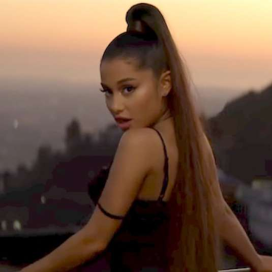 ARIANA GRANDE-BREAK UP WITH YOUR GIRLFRIEND_ I M BORED