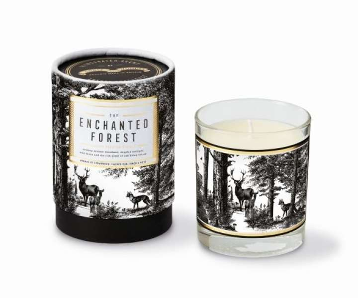 Dišeča sveča Chase and Wonder (The Enchanted Forest Candle), 36 EUR, www.chaseandwonder.com