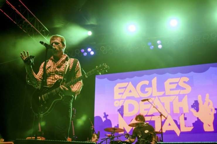 Eagles of Death Metal se po pokolu v Bataclanu vračajo v Pariz