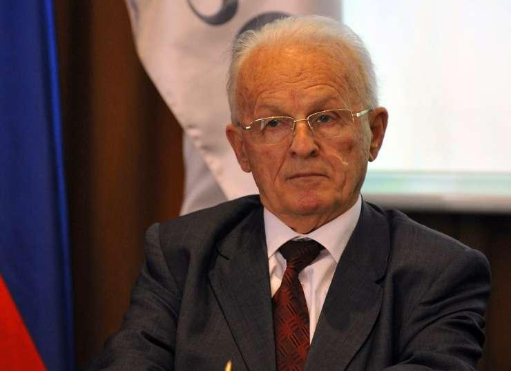 Umrl je kosovski borec za ?lovekove pravice Adem Demaci: 28 let je prebil v jugoslovanskih zaporih | Revija Reporter