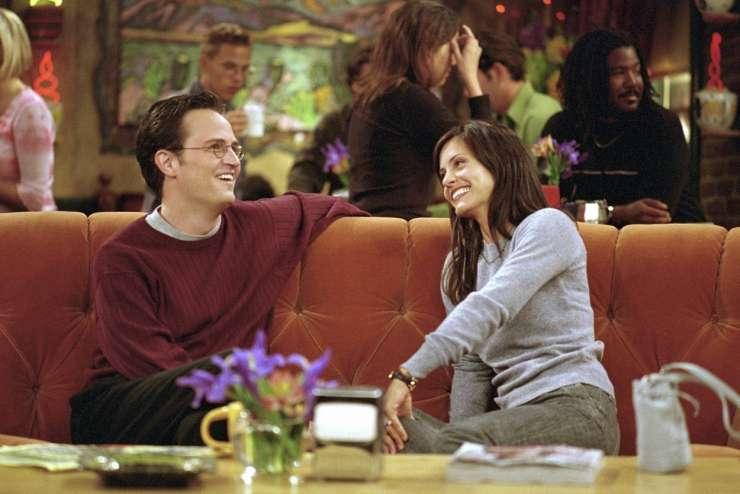 Prijatelji: Monica in Chandler sta v resnici v sorodu.