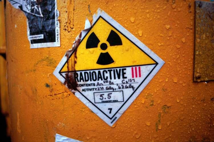 radioaktivno
