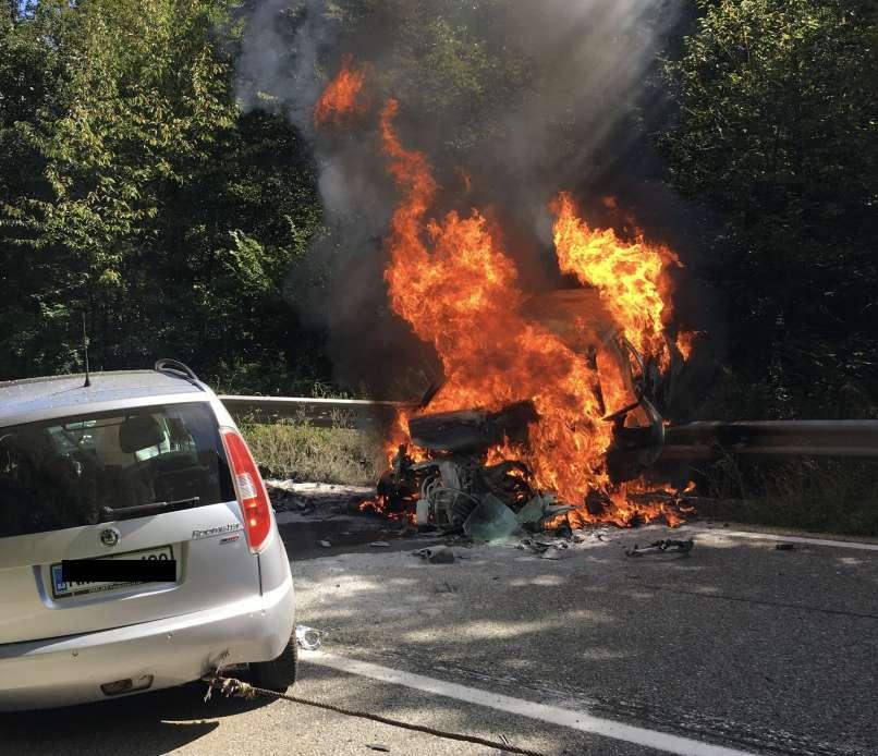 Poljane pri Mirni Peči, požar, čelno trčenje, huda prometna nesreča