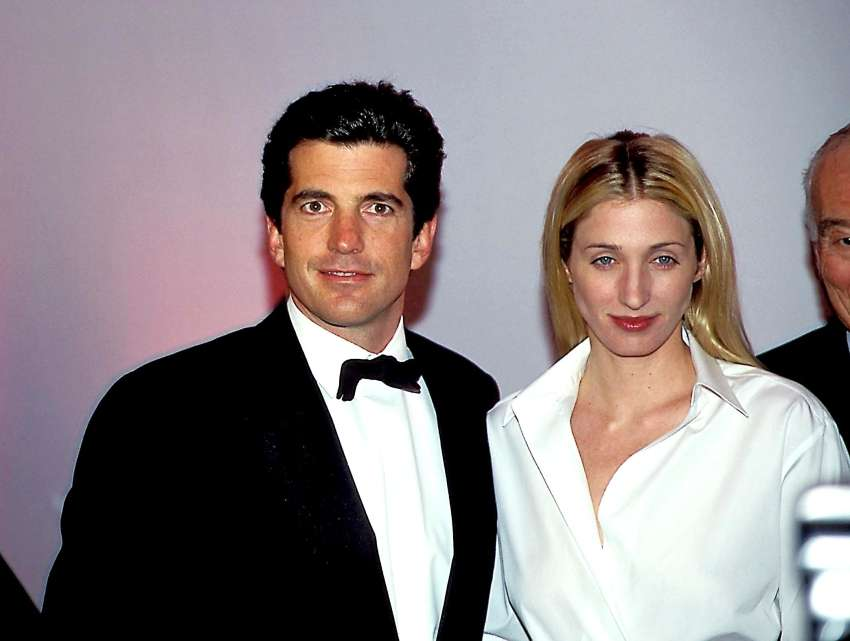 John Kennedy Jr. in Carolyn Bessette Kennedy
